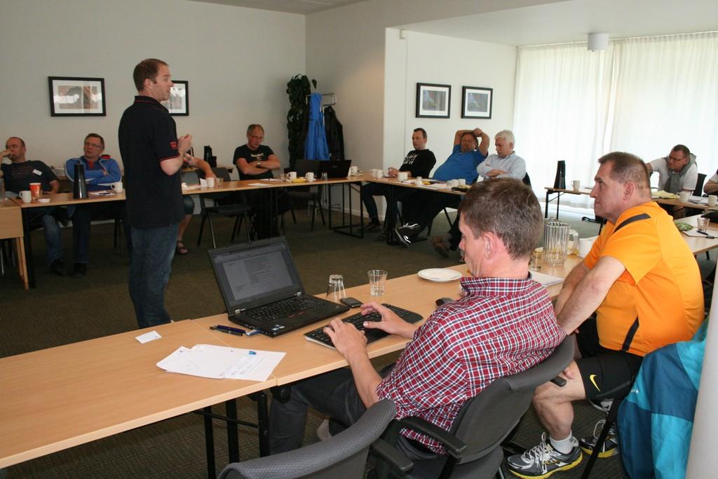 Områdemøde i vandpolosektionen inden for Dansk Svømmeunion